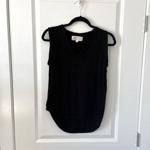 CLOTH & STONE / V NECK SLEEVELESS BLACK TOP